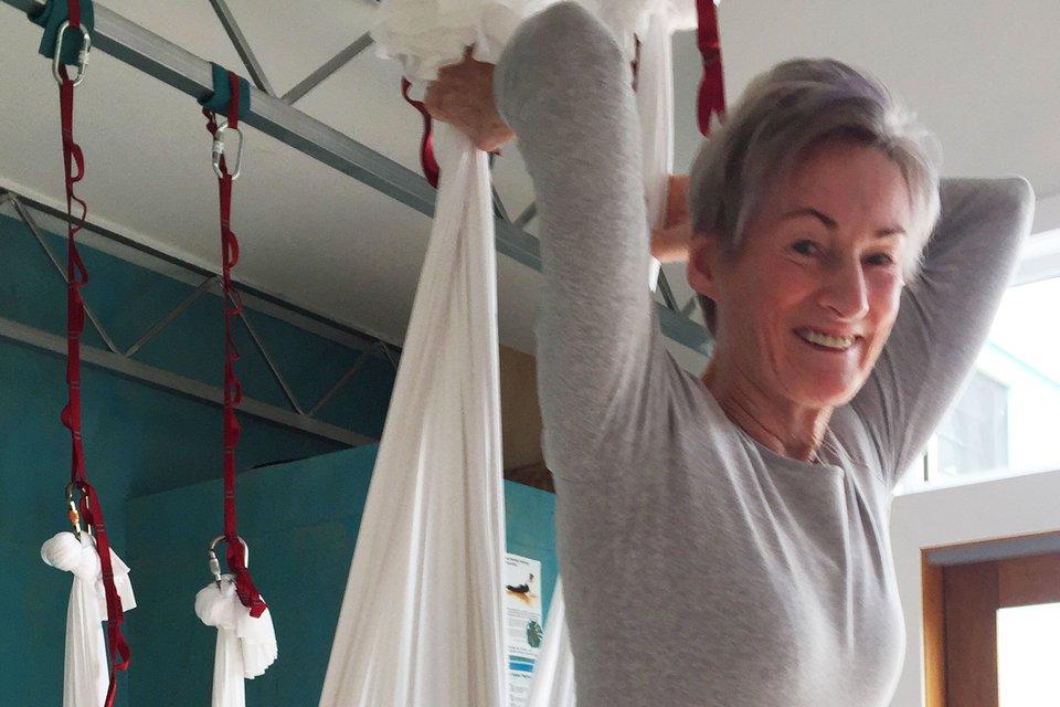 Ageing (dis)gracefully through Yoga